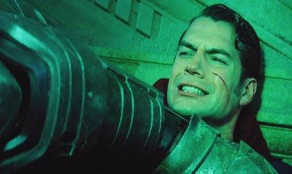 Zack Snyder defiende el 'momento Martha' de Batman v Superman