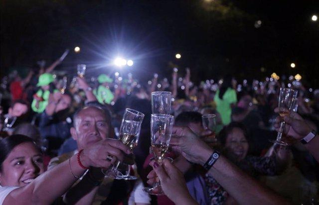 Guadalajara (México) bate récord de la cata de tequila más grande del mundo