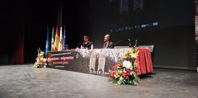 """Córdoba.- El relator de la ONU para los DDHH afirma que las """"migraciones sur-sur"""