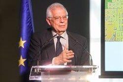 Borrell explica a un diari alemany la dificultat que té per visitar el seu poble per l'assetjament de l'independentisme (Ricardo Rubio - Europa Press)