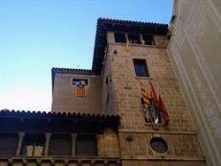 La Junta Electoral dona 24 hores per retirar els llaços grocs i l'estelada de la façana de l'Ajuntament de Lleida (ACN)
