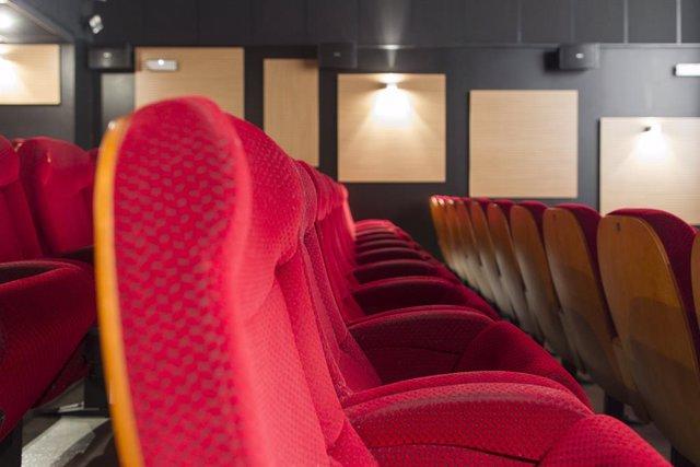 Cinema, cinemes, butaca, butaques, taquilla, entrada, entrades, pellícula, pel