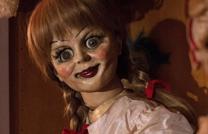 Primera imagen de Annabelle 3: La endiablada muñeca vuelve a la galería de los horrores de los Warren