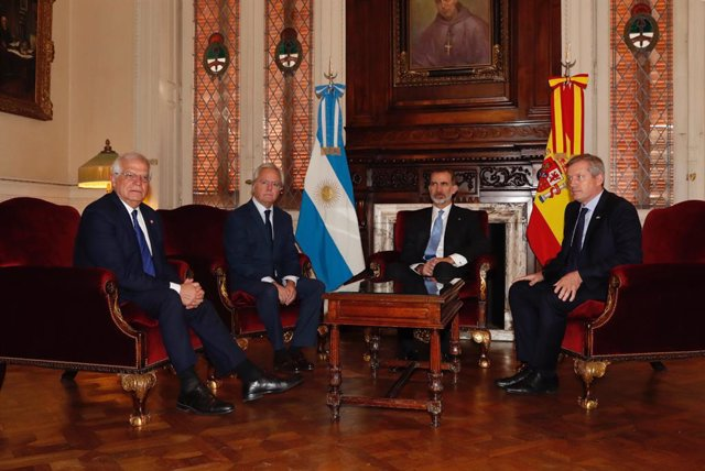 Los Reyes inician un viaje de Estado a la República Argentina