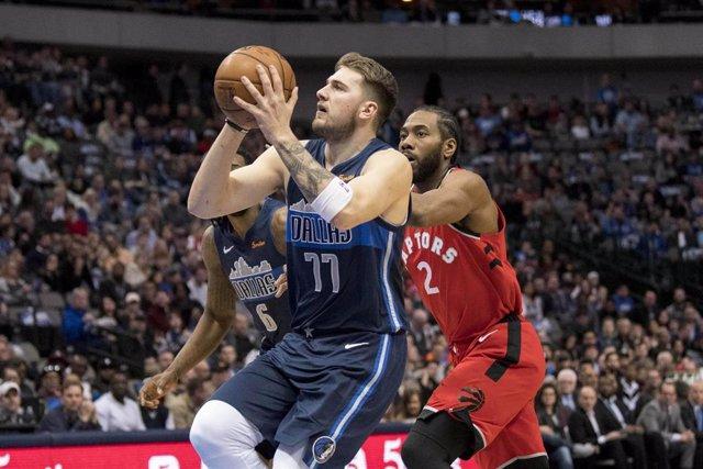 Luka Doncic (Dallas Mavericks) y Kawhi Leonard (Toronto Raptors)