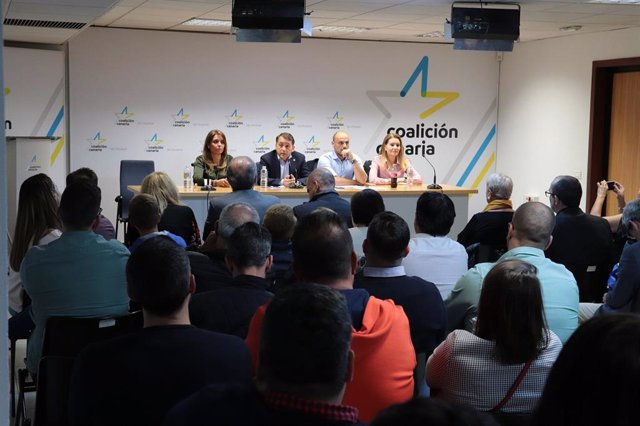 Gladis de León, Alfonso Cabello, Dámaso Arteaga y Juan José Martínez, repiten en
