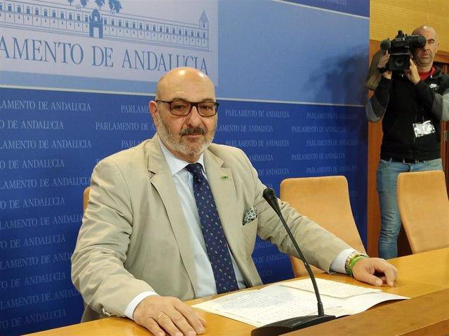 "Vox alerta de un ""tripartito PP-PSOE-Cs"" en Andalucía tras un ""oscuro pacto"" en"