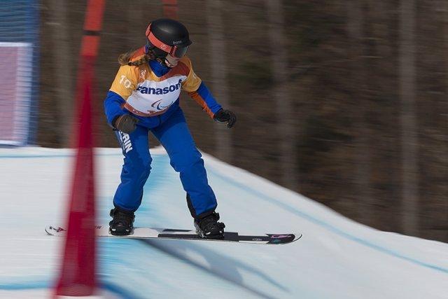 Snowboard.- Astrid Fina busca medalla en los Mundiales de Snowboard Paralímpico