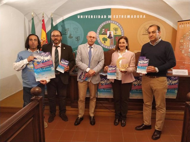 La XXIII Gimnastrada, que se celebra este fin de semana en Cáceres, se extiende