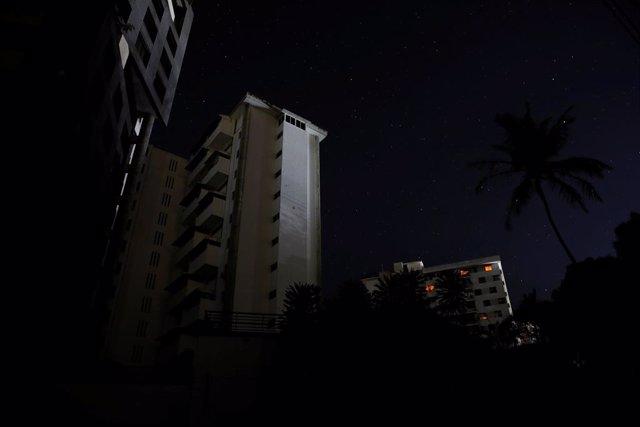 Venezuela.- Varias ciudades de Venezuela, incluida parte de Caracas, amanecen co