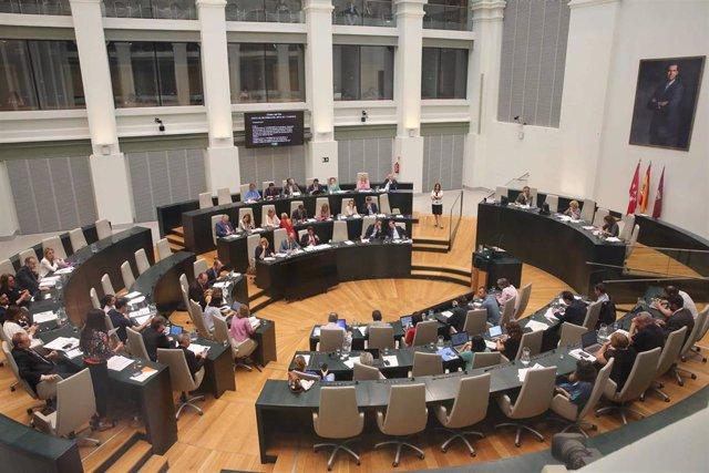 Los Berrocales salen adelante en el Pleno con el rechazo de los 9 concejales de