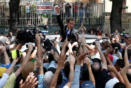 España exige respeto a la integridad física y a la libertad de Guaidó