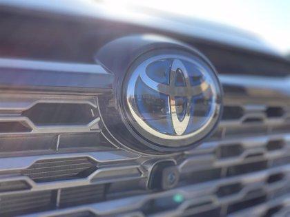 Todos los fabricantes japoneses recortaron su producción en febrero menos Toyota