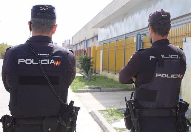 Policía Nacional Nota De Prensa Y Foto (La Policía Nacional Detiene En Marbella