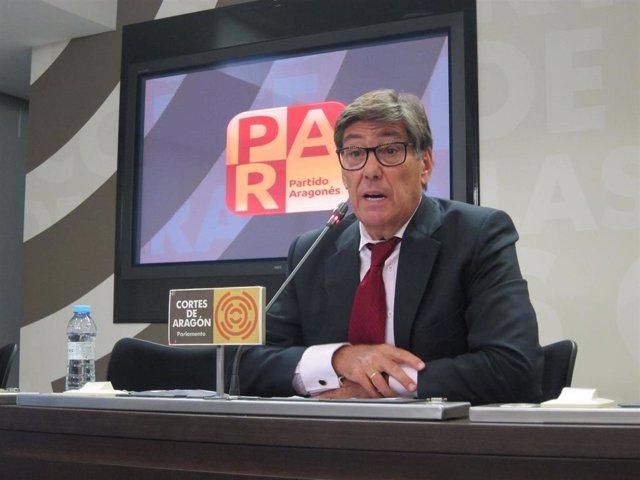 """Aliaga advierte al PP y Cs que el PAR """"siempre hará de parapeto para evitar el t"""