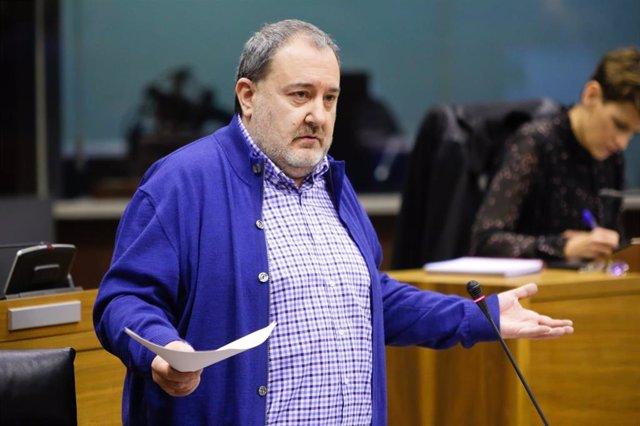 """Nuin se despide del Parlamento de Navarra después de 20 años con """"mucha normalid"""