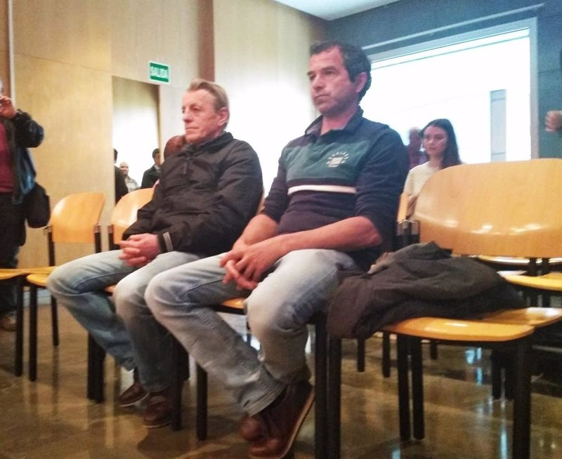 Condenados a dos años y seis meses de cárcel dos ganaderos por causar un incendio forestal en Parres