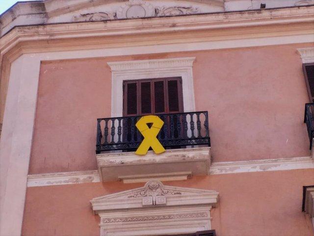 AMP.- El PP presentarà una denúncia davant la Junta Electoral pel llaç groc a la