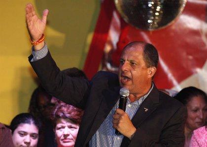 El expresidente de Costa Rica Luis Guillermo Solís, jefe de misión de la OEA en las elecciones generales de Guatemala