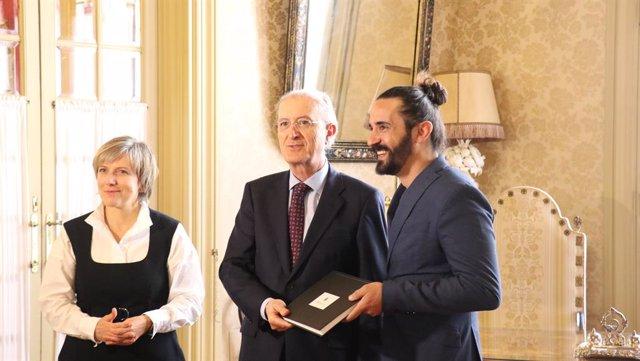 Picornell es reuneix amb el president del TSJIB i amb el coronel cap de l'Aeródr
