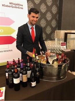 Las últimas novedades de los vinos de Rioja 'camelan' al sector en la feria Sur