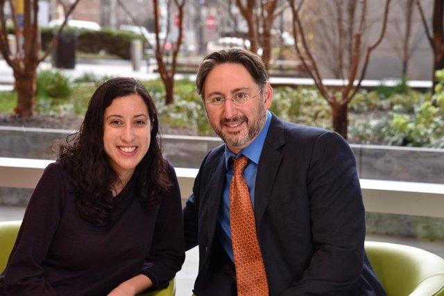 EEUU.- Científicos completan el primer trasplante de riñón entre dos personas co