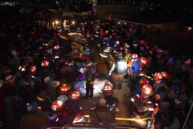 Labores de rescate accidente Guatemala