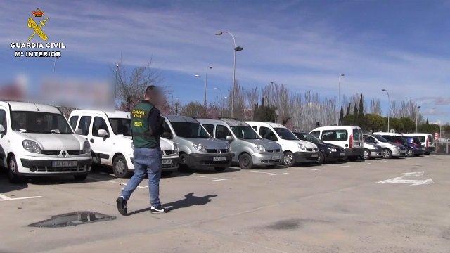 Detenidas 8 personas y recuperados 57 vehículos robados de un clan que los vendí