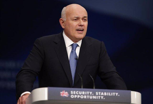 Brexit.- El exlíder 'tory' Duncan Smith defiende que el sucesor de May sea algui