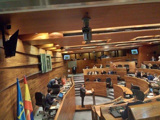 Pleno.- El parlamento asturiano gastó 13,7 millones en 2018