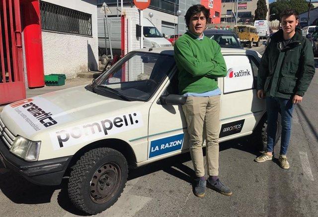 Dos estudiantes madrileños recorrerán el norte de África en un coche de rally pa