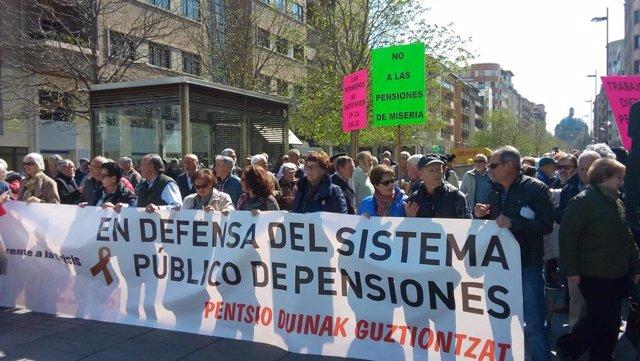 """Jubilados navarros exigen que el Estado """"garantice unas pensiones públicas digna"""