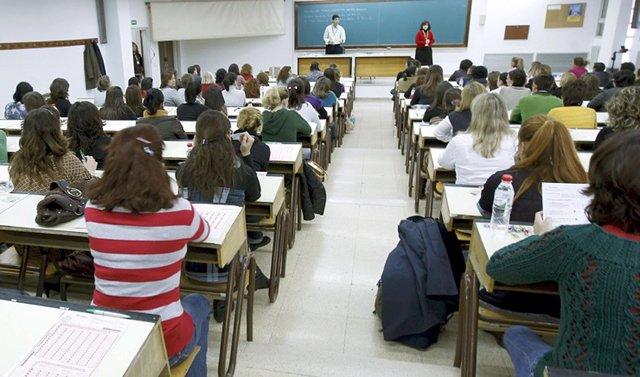 Educación.- Las pruebas de Bachiller para mayores de 20 años comienzan este sába