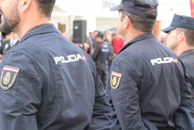 Sucesos.- Seis detenidos en una reyerta entre clanes en Usera