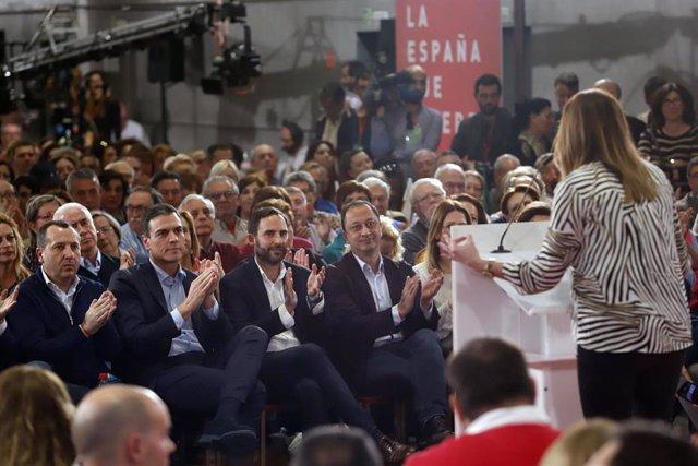 Pedro Sánchez, participa en un acto público para presentar al candidato al cong