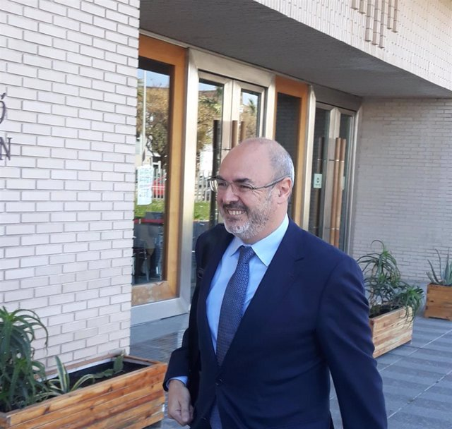 Monzó dice que no tiene ningún conocimiento de ninguna irregularidad en la contr