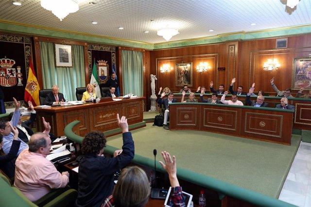 Málaga.-Pleno de Marbella aprueba recurrir la resolución en la que la Seguridad