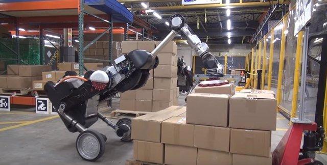 Boston Dynamics ha mejorado su robot 'Handle' haciendo que sea capaz de recoger
