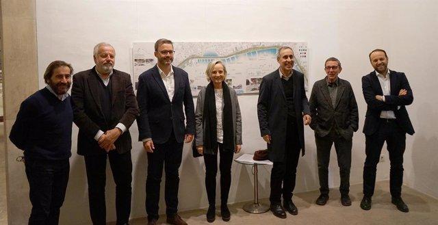Inauguren l'exposició de propostes per a la remodelació del Passeig Marítim de