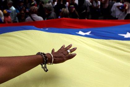 'Chavismo' y oposición se disponen a marchar por Caracas este sábado en  una nueva lucha en el escenario político