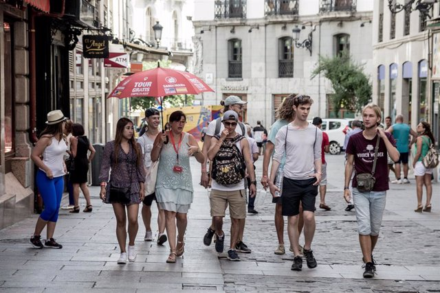 Los propietarios de los pisos turísticos anuncian demandas individuales y colect