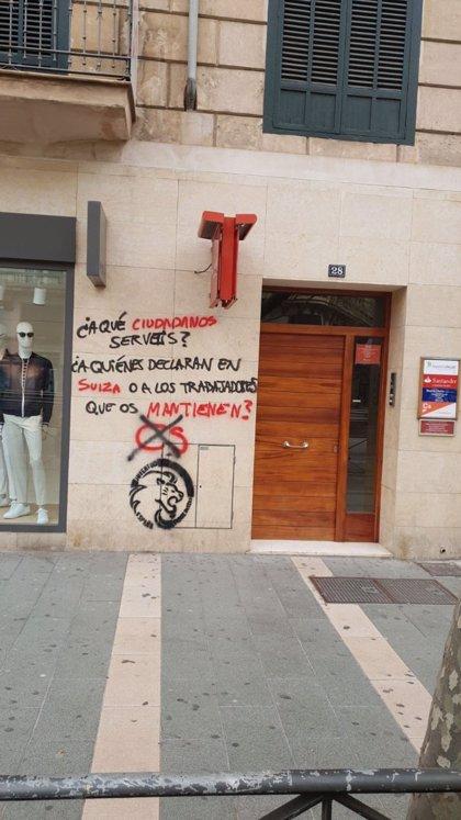 Aparecen pintadas en la sede de Ciudadanos en Palma