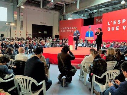 """Sánchez critica que independentismo y derecha quieren una tierra """"para ellos"""""""