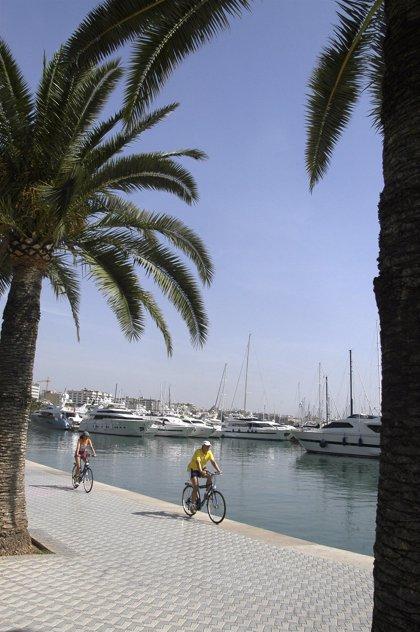 Successos.- Detenen un jove per una presumpta agressió sexual a una menor en el Passeig Marítim de Palma