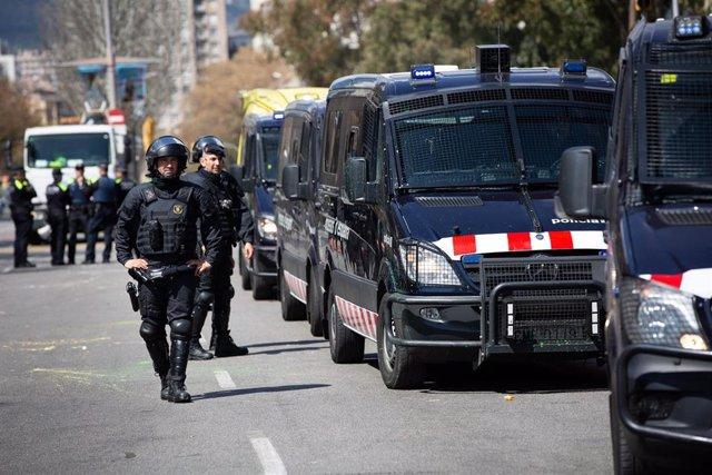 Detenciones antes del acto de Vox 'La España viva' con el presidente del partido