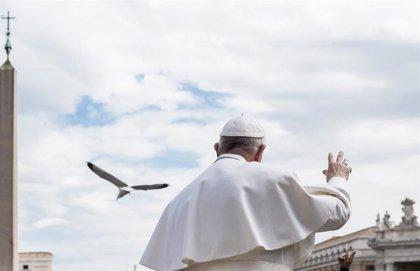 """El Papa critica la retención del barco de rescate Open Arms: """"¿Para que se hace? ¿Para que se ahoguen?"""""""