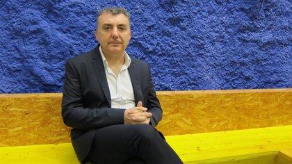 Los escritores Manuel Vilas y Andrés Barba, en la programación de primavera de Civican