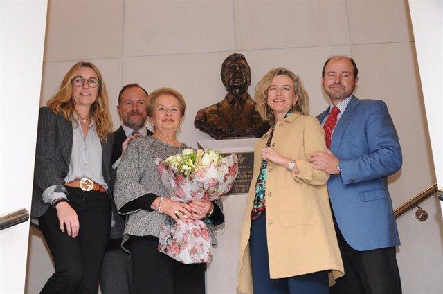 Huelva.- Caja Rural homenajea por su 50 aniversario a José Luis García Palacios