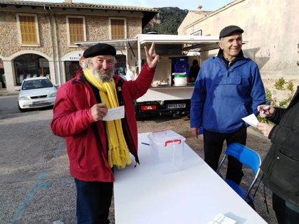 El 'Sí a la República' guanya en el referèndum de Valldemosa sobre el model d'Estat