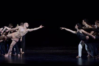 El amor de 'Dido & Aeneas' llega hasta el patio de butacas en su estreno en el Teatro Real